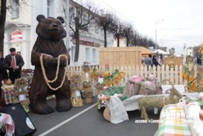 """Фестиваль-ярмарка """"Дожинки 2019"""" в Сморгони"""